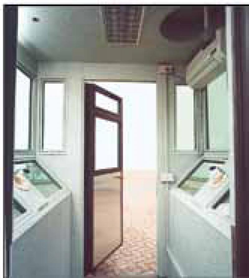 CORNER GUARD BOOTH MOD 1 AB PA 100 - INSIDE VIEW