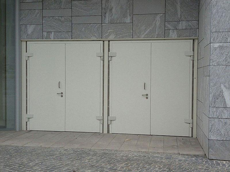 Blast resistant doors in an important financial services company