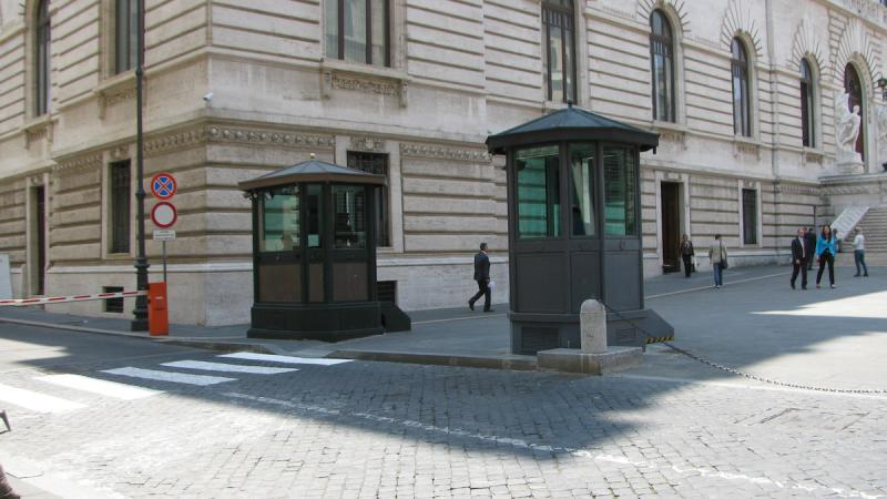 GUARD BOOTHS MOD. 1 ABE 101 + 2 ABE 101 WITH BASEMENT (OPT)